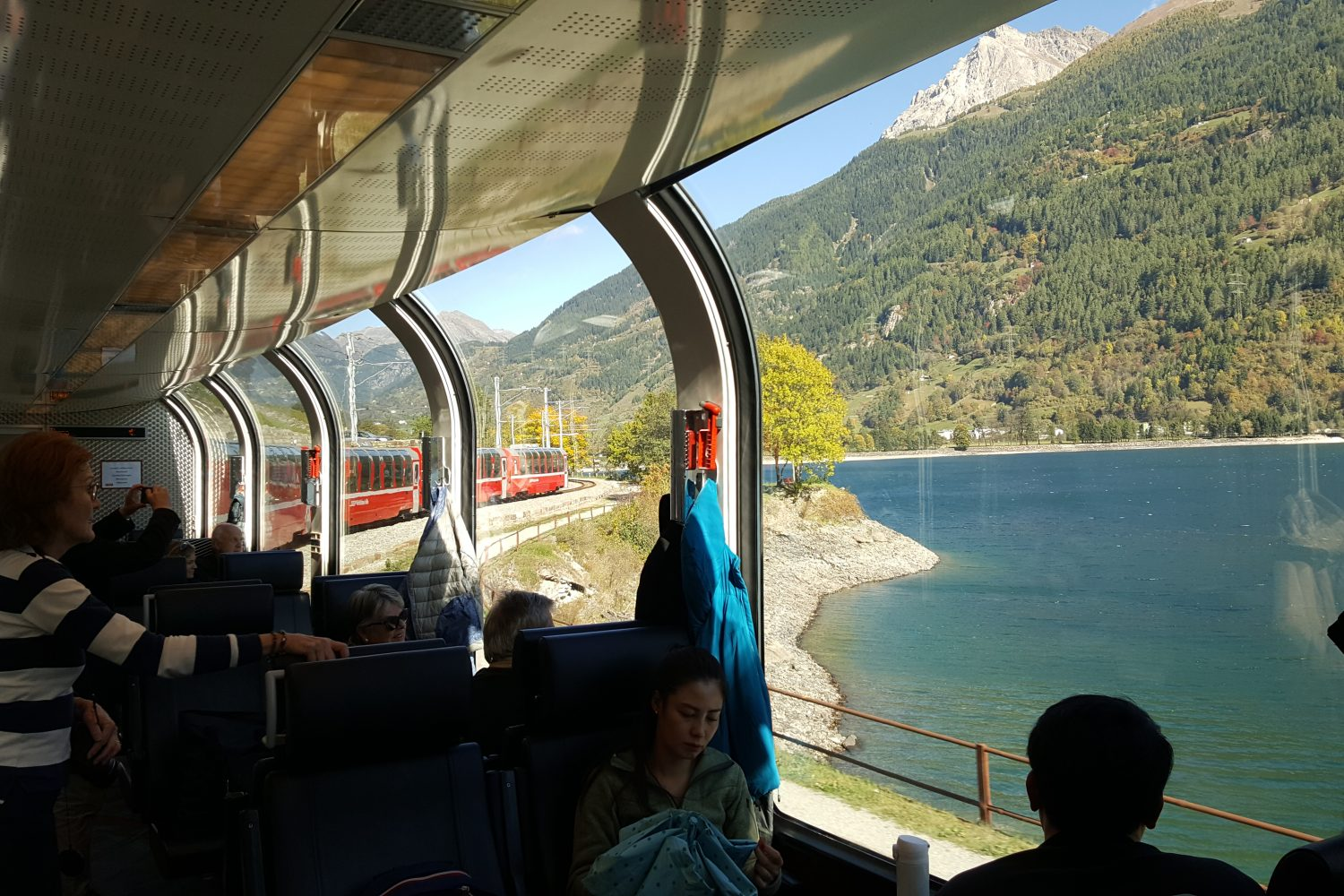 treinreis Bernina Express in 1e klas panoramawagon