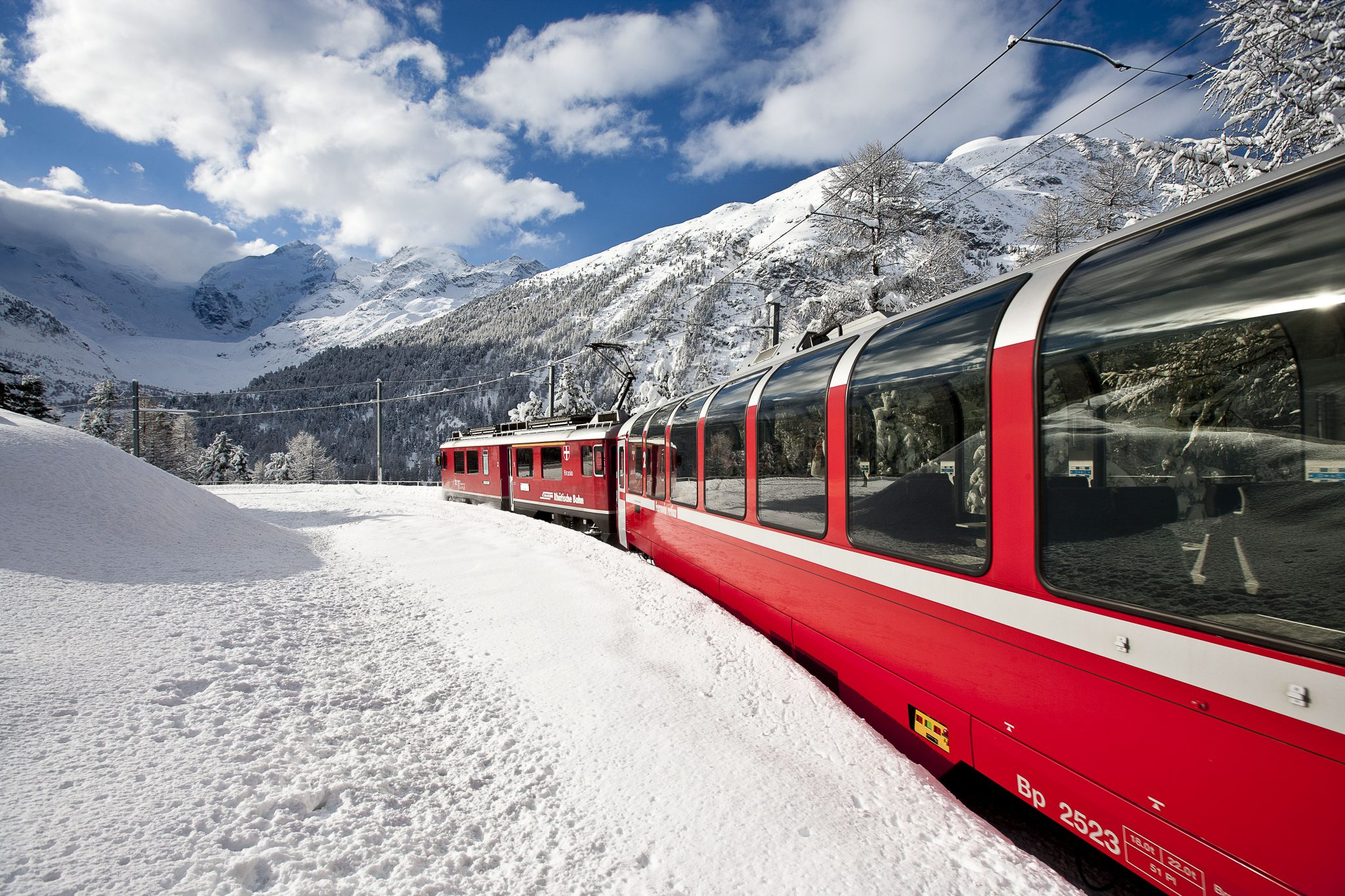 Treinreizen Zwitserland Winter - Bernina Express in Montebello bocht